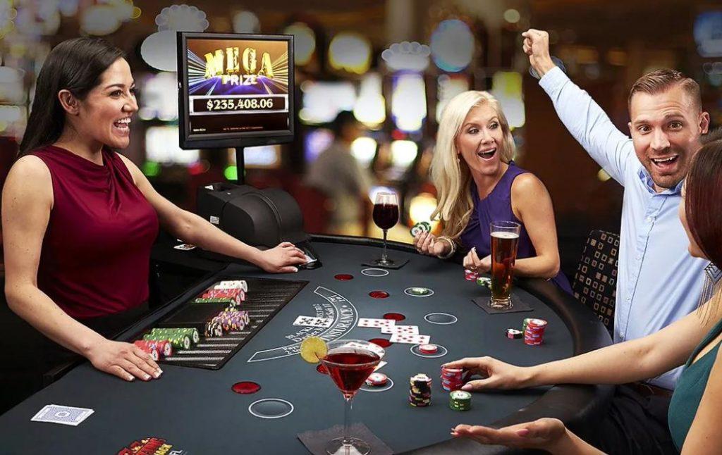 Почему онлайн казино набирают популярность?
